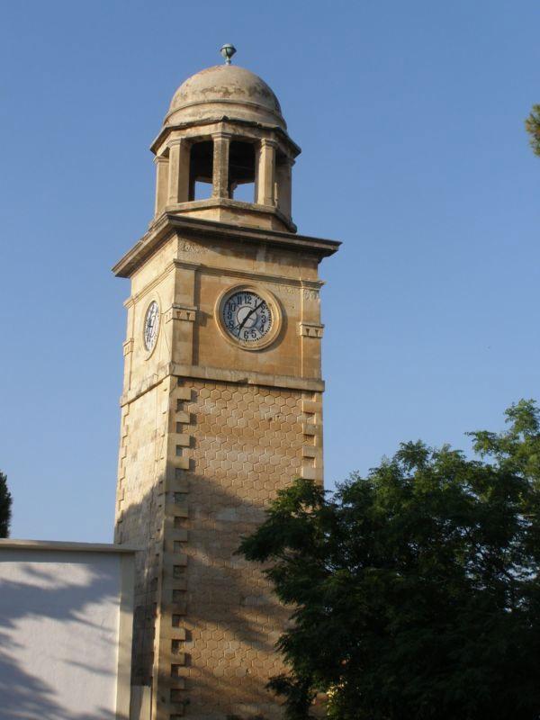 Το ρολόι του Δημοτικού Κήπου των Χανίων.