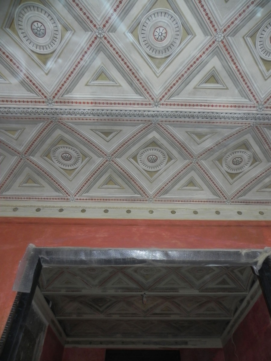 Θολίσκοι του ισογείου, χαρακτηριστική κατασκευή του Τσίλλερ (πηγή: Διεύθυνση Προστασίας και Αναστήλωσης Νεώτερων και Σύγχρονων Μνημείων/ Υπουργείο Πολιτισμού).