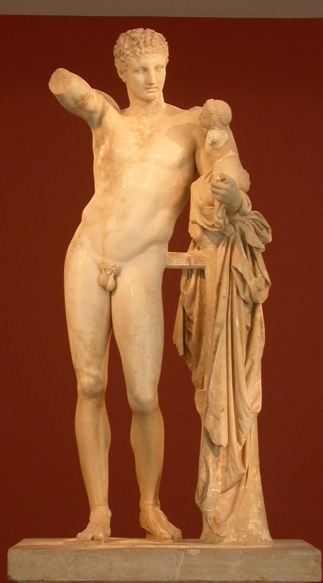 Εικ. 6. Ερμής του Πραξιτέλη. Αρχαιολογικό Μουσείο Ολυμπίας.