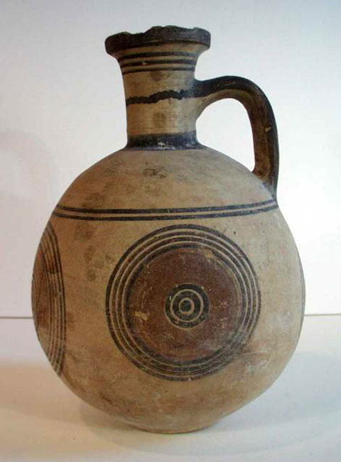 Πρόχους από την Κύπρο. Κυπρο-Αρχαϊκή περίοδος (750-600 π.Χ.), Μουσείο Reading, Ηνωμένο Βασίλειο (αρ. κατ. REDMG: 1958.33.1)