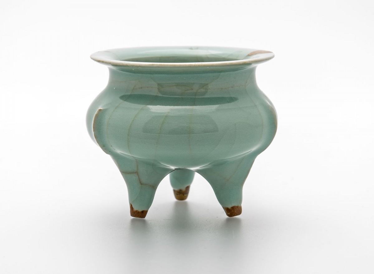 Έργο από την έκθεση «Κεραμική από την Κίνα» που διοργανώνει το Μουσείο Μπενάκη.