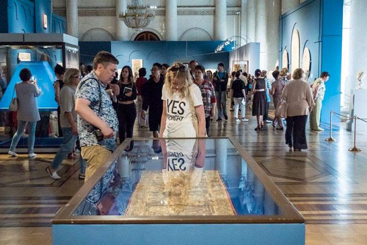 Άποψη της έκθεσης «Το Βυζάντιο μέσα στους αιώνες» στο Κρατικό Μουσείο Ερμιτάζ της Αγίας Πετρούπολης.