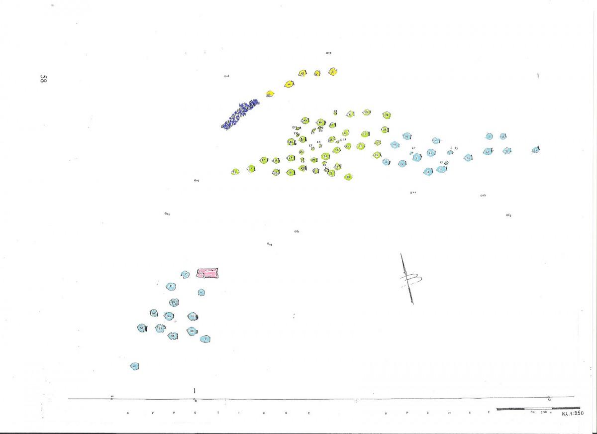 Εικ. 2. Κάτοψη του νεκροταφείου στη θέση Τριανταφυλλιά Λιβανατών, αγρού ιδιοκτησίας Γ. Καραΐσκου. Στην α΄ συστάδα με κίτρινο χρώμα δηλώνονται οι υστεροαρχαϊκοί τάφοι, με πράσινο στη β΄ οι κλασικοί και με γαλάζιο χρώμα στη β΄ και γ΄ συστάδα οι ελληνιστικοί τάφοι. Με ροζ χρωματίζεται η μοναδική πυρά. (Σχέδιο κάτοψης από το αρχείο της ΙΔ΄ ΕΠΚΑ).