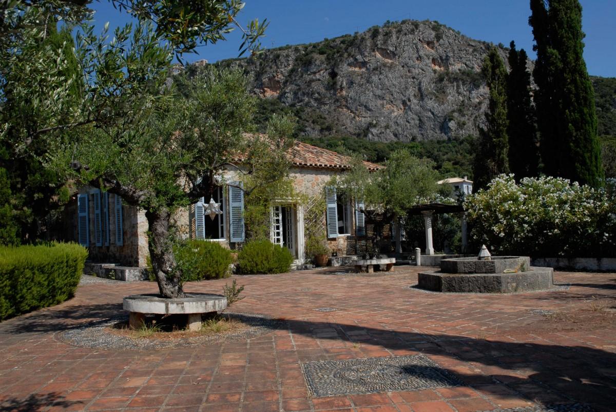 Άποψη της Οικίας του Πάτρικ και της Τζόαν Λη Φέρμορ. Φωτογραφία: Ιωάννα Μωραΐτου.