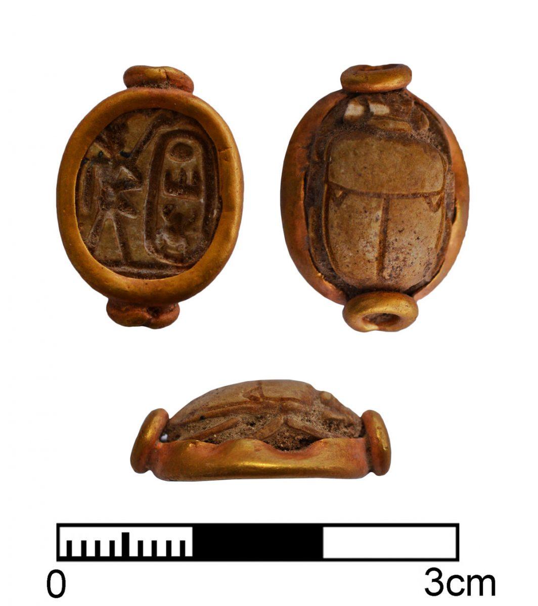 Σκαραβαίος με τη σφραγίδα του Τούθμωση Γ' (1479-1425 π.Χ.) (φωτ. Τμήμα Αρχαιοτήτων Κύπρου).