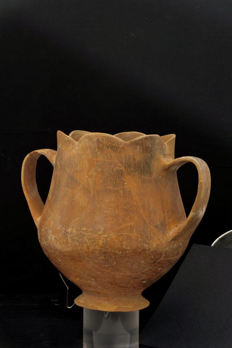 Κύπελλο, Αρχαιολογικό Μουσείο Θηβών