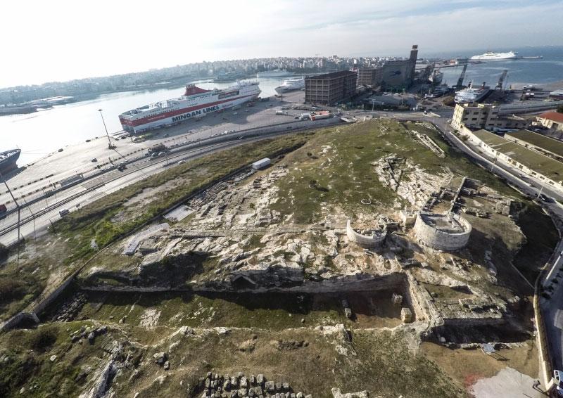 Ο αρχαιολογικός χώρος της Ηετιώνειας οχύρωσης (φωτ. Εφορεία Αρχαιοτήτων Δυτικής Αττικής, Πειραιώς και Νήσων).