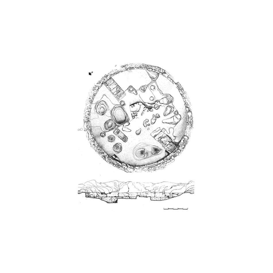 Εικ. 7. Κάτοψη και τομή του Θεσμοφορίου της Πέλλας (Λιλιμπάκη-Ακαμάτη, σχέδ. Α).