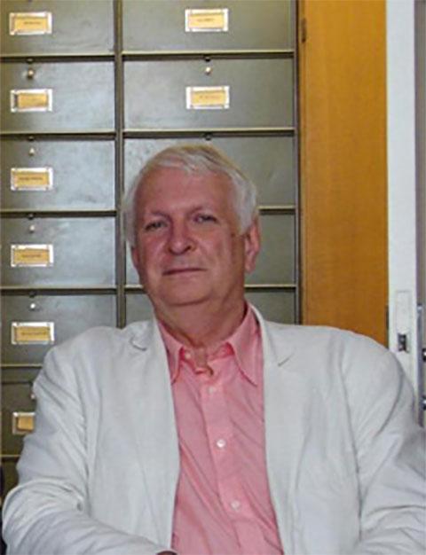 Ο καθηγητής Bernard Flusin.