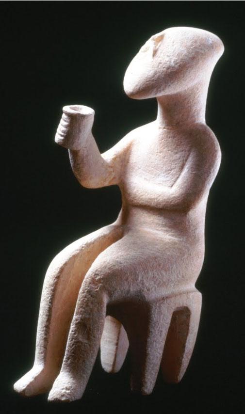 O «εγείρων πρόποσιν», το μαρμάρινο ειδώλιο από τη συλλογή του Μουσείου Κυκλαδικής Τέχνης.