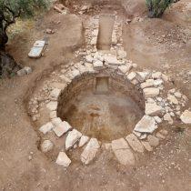 Ο θολωτός τάφος στη θέση Άμπλιανος Άμφισσας: τα πρώτα στοιχεία