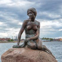 «Ρατσιστικό ψάρι» η Μικρή Γοργόνα της Κοπεγχάγης!