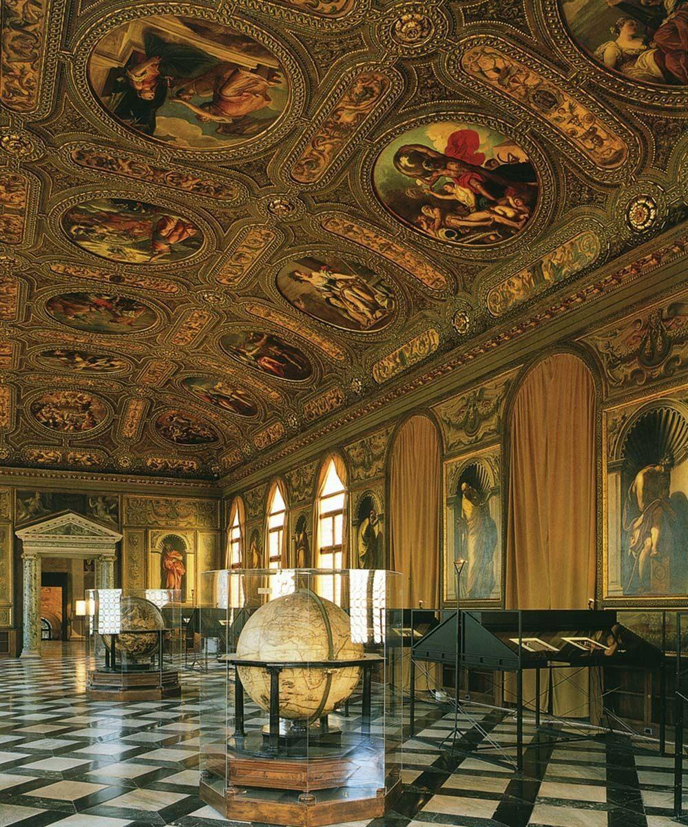 Γενική άποψη της αίθουσας της Μαρκιανής Βιβλιοθήκης, σύμφωνα με τα σχέδια του J. Sansovino.