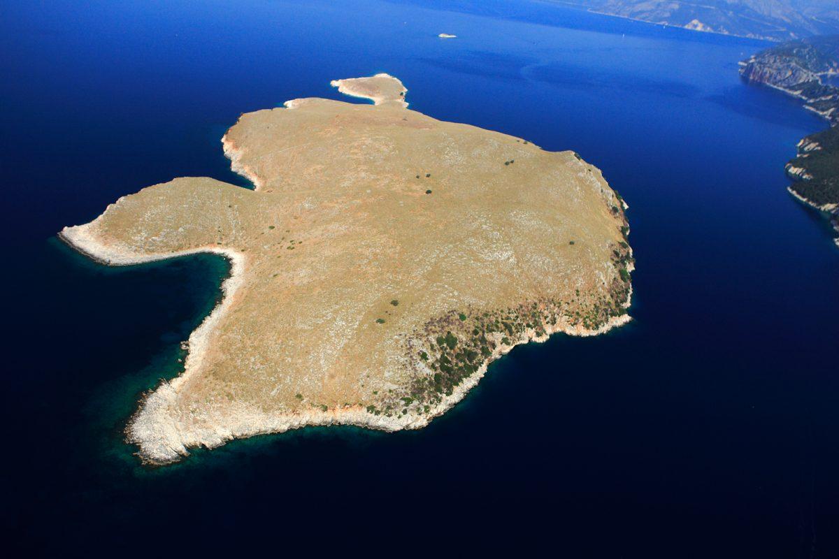 Εικ. 12. Αεροφωτογραφία του Κυθρού (φωτ.: Β. Μαλακάση).