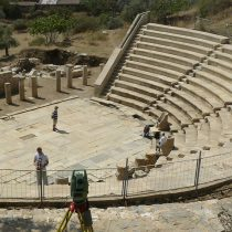 Υαλουργείο αποκαλύφθηκε στην αρχαία Μητρόπολη