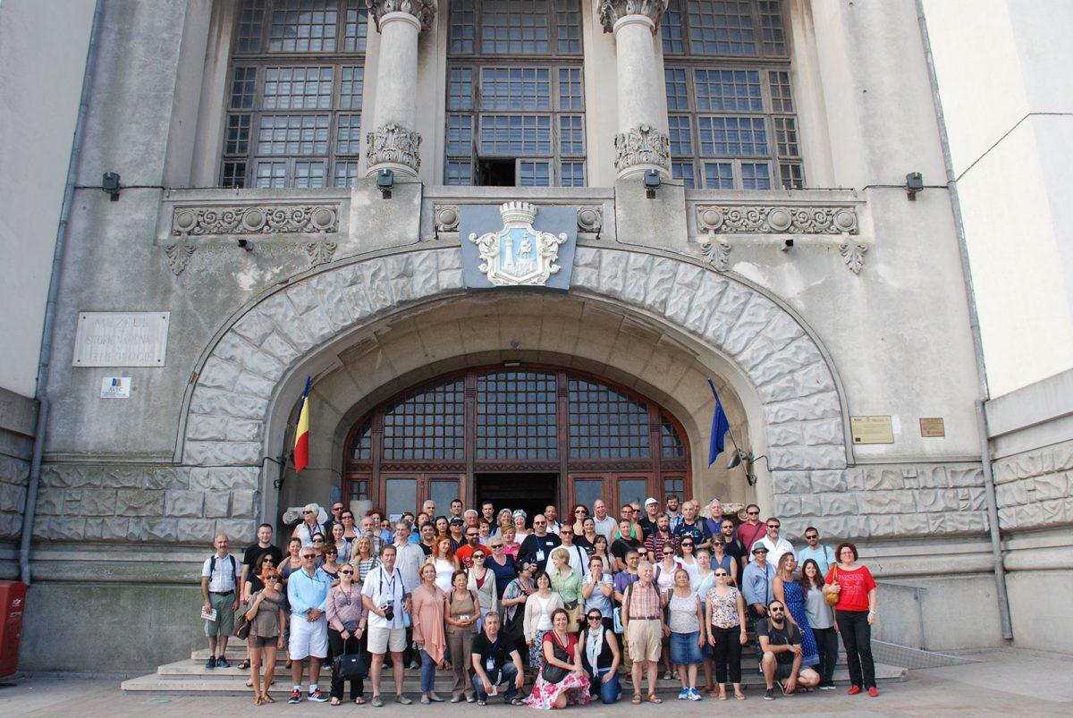 Εικ. 37. Έργο «ΛΙΜΗΝ». Οι συμμετέχοντες στο Διεθνές Συνέδριο στο Αρχαιολογικό Μουσείο της Κωνστάντζα (Ρουμανία), εταίρου του ΕΚΒΜΜ στο έργο.