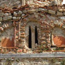Η Επισκοπή Καρυουπόλεως στη Μάνη και ο Ναός Αγίου Γεωργίου Δροσοπηγής