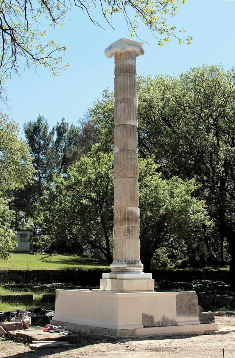 Ο βόρειος κίονας του αναθήματος των Πτολεμαίων στην Ολυμπία (φωτ.: Birgitta Eder).