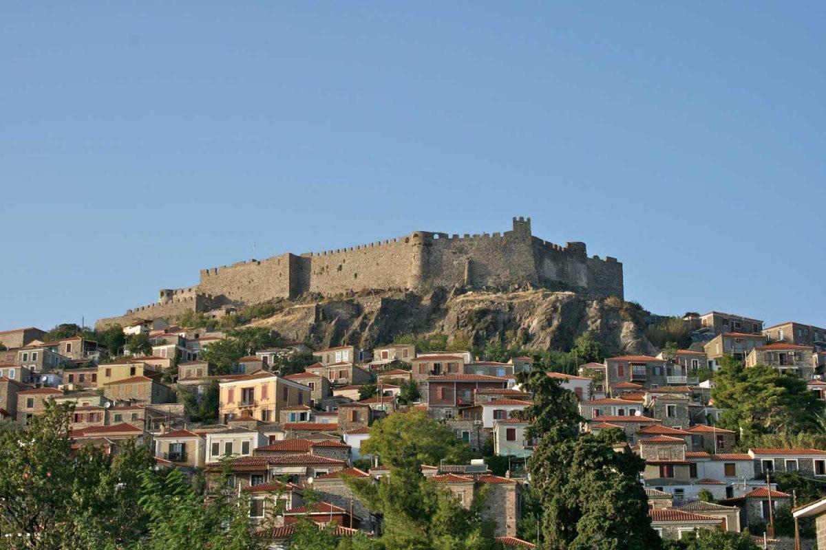 Το κάστρο του Μολύβου (φωτ.: Βικιπαίδεια).