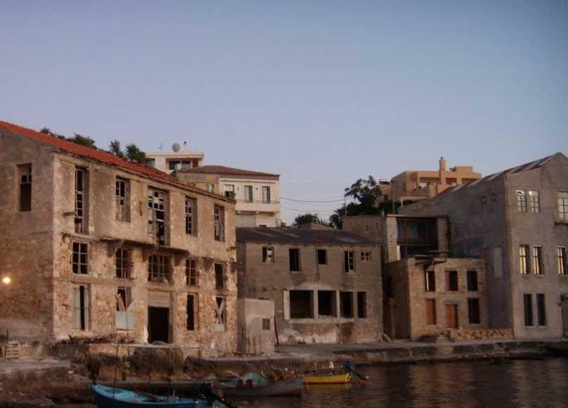 Παραδοσιακά κτίσματα στην περιοχή Ταμπακαριά Χανίων (φωτ.: ert.gr).