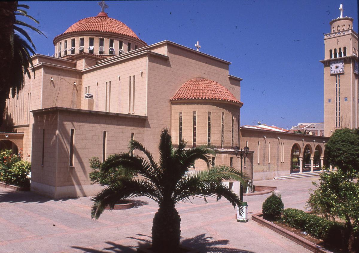 Εικ. 11. Ο Ναός του Αποστόλου Παύλου στην Κόρινθο, 1933-1937, κύκνειο άσμα της ναοδομικής μεταρρύθμισης του αρχιτέκτονα Α. Ζάχου. Φωτ.: Ε. Φεσσά-Εμμανουήλ (1997).