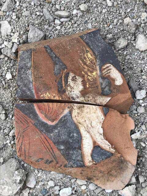 Στη διάρκεια της ανασκαφής έρχονται στο φως πολλά νέα ευρήματα, που θα προστεθούν στα ήδη υπάρχοντα  (φωτ.: ΑΠΕ-ΜΠΕ).