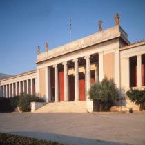 Παρέμβαση υπέρ των δημόσιων μουσείων