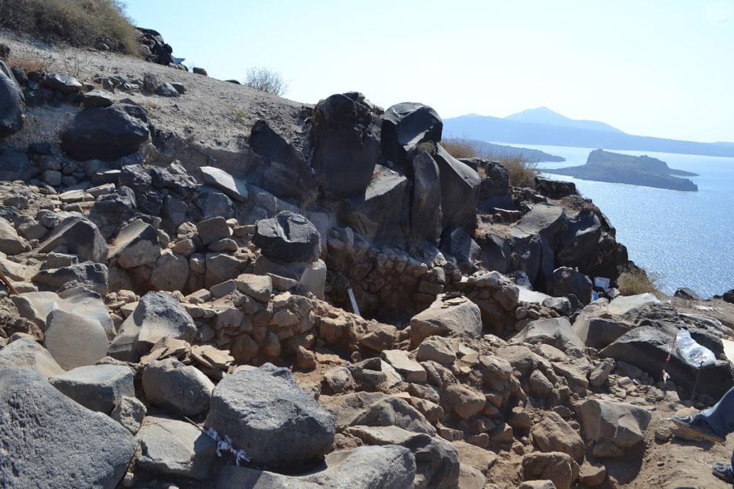 Άποψη της ανασκαφής στη θέση Κοίμηση Θηρασίας (φωτ.: ΥΠΠΟΑ).