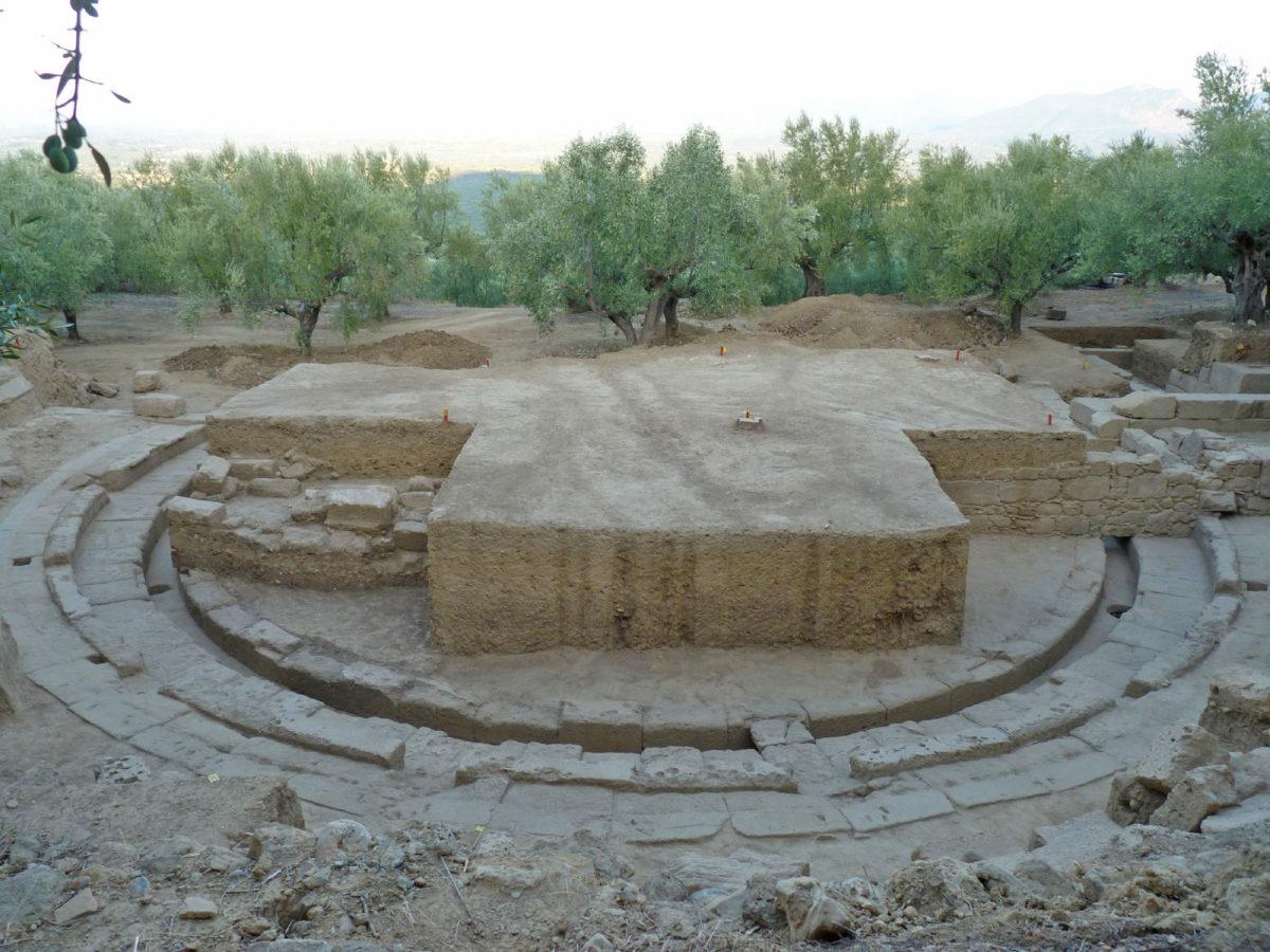 Άποψη του θεάτρου της αρχαίας Θουρίας (φωτ.: ΥΠΠΟΑ).