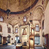 Άποψη του εσωτερικού του Τζαμιού του Ασλάν Πασά.