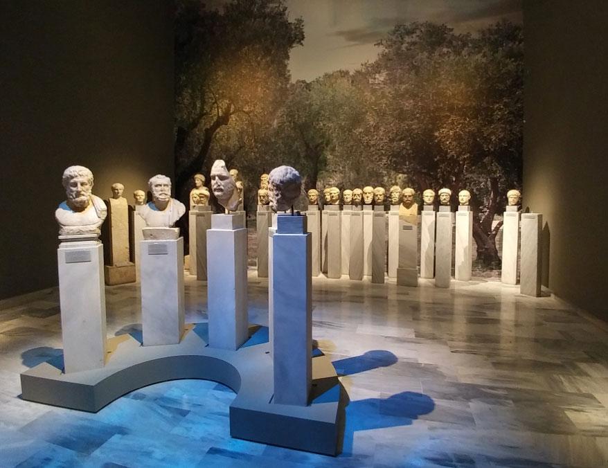 Άποψη της έκθεσης (© TAΠΑ/Εθνικό Αρχαιολογικό Μουσείο).