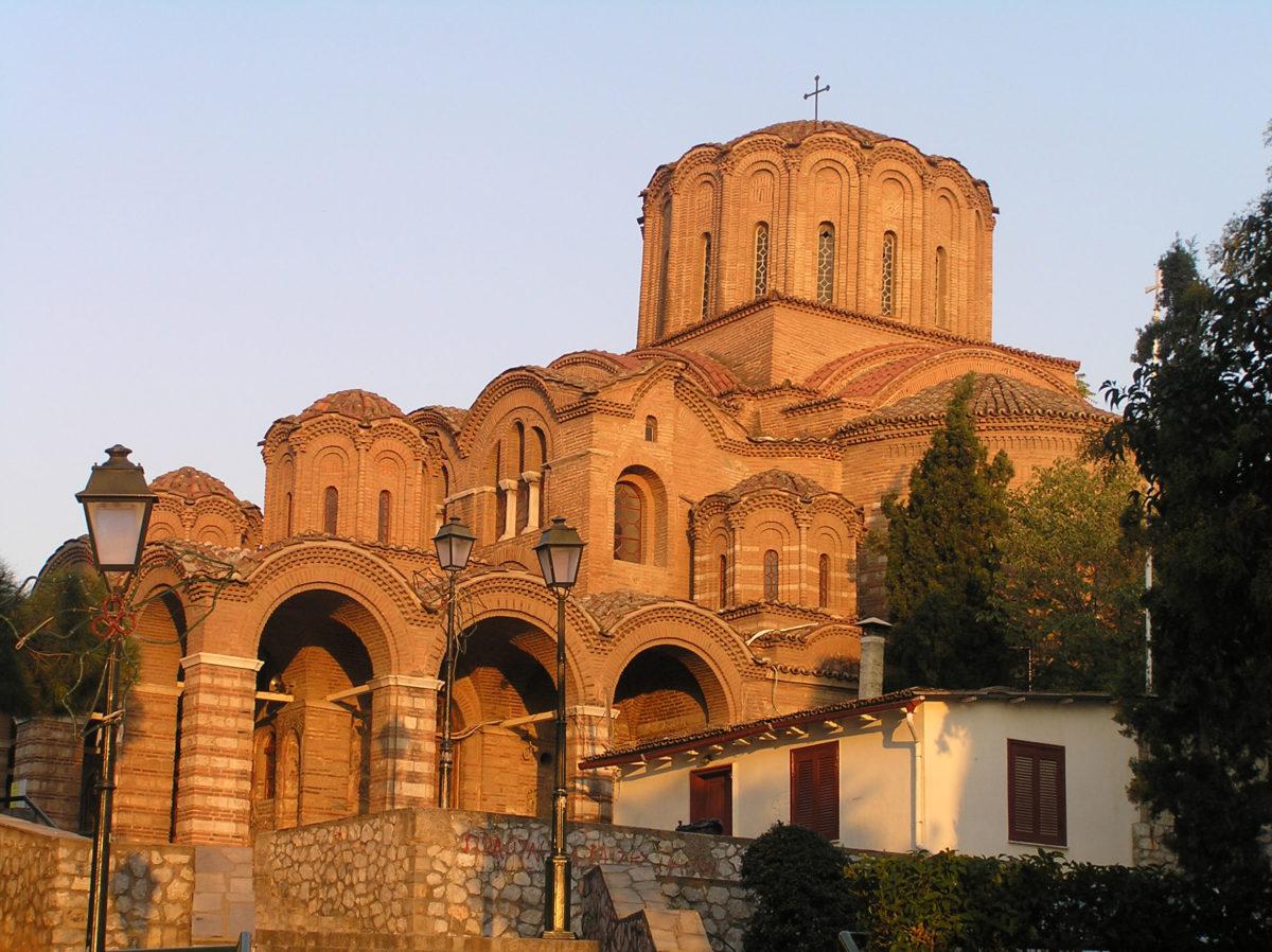 Eικ. 1. Ο ναός του Προφήτη Ηλία. Άποψη από νότια (ώρα 17:03, Οκτώβριος).
