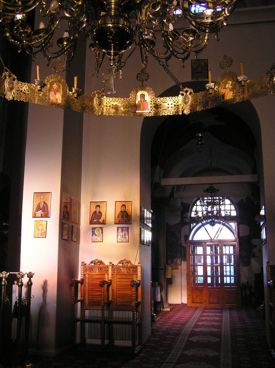 Εικ. 16. Πρωινή δέσμη φωτός από τα παράθυρα του ιερού κατά μήκος του κεντρικού άξονα (ώρα 08:53, Δεκέμβριος).