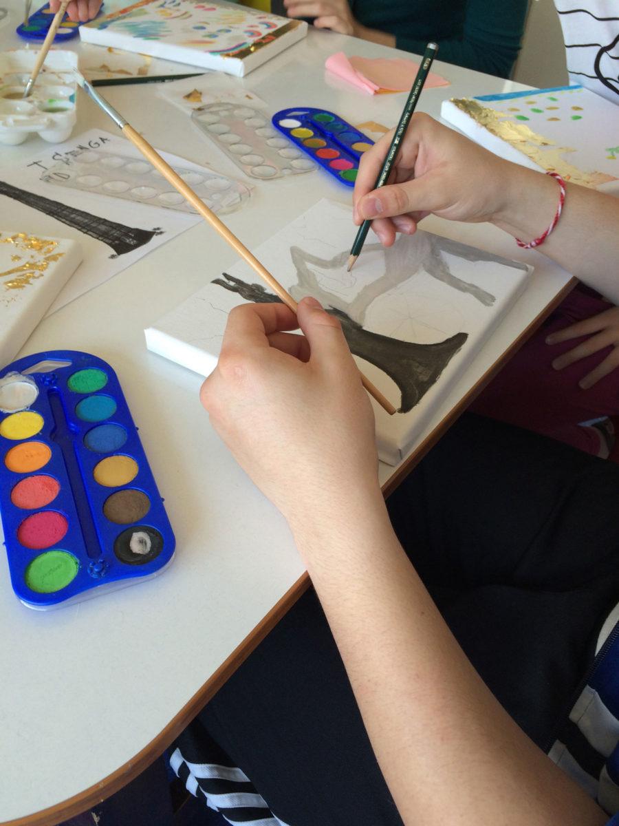 Εικ. 5. Τα παιδιά σχεδιάζουν τα δικά τους έργα.