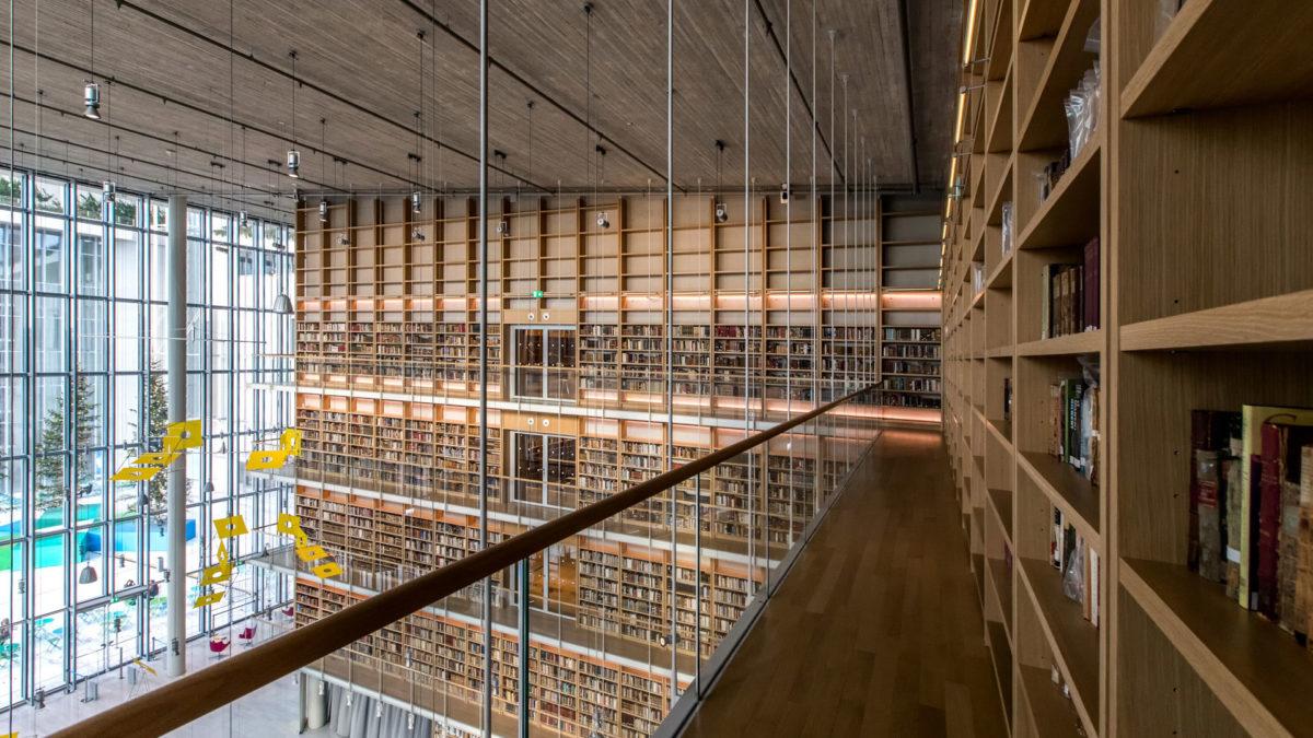 O Πύργος Βιβλίων της Εθνικής Βιβλιοθήκης της Ελλάδος. Φωτ.: © ΕΒΕ / Νίκος Καρανικόλας.