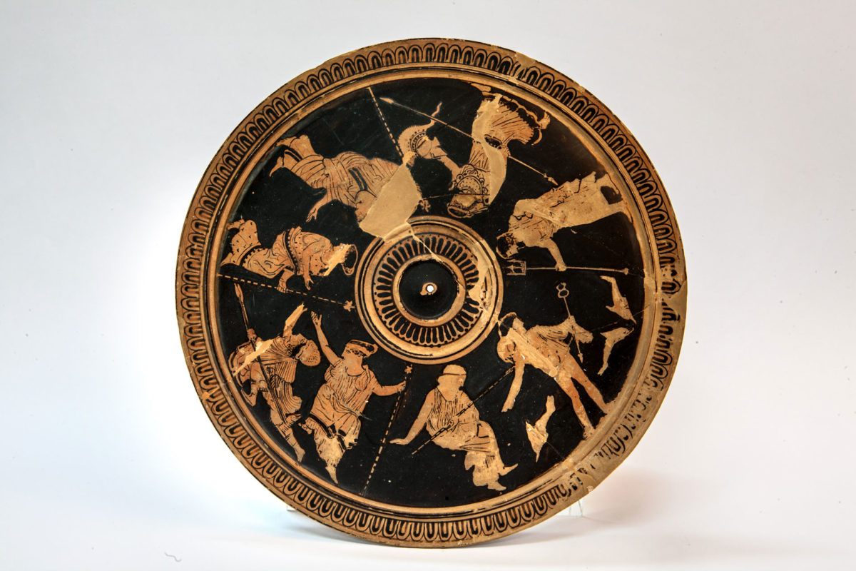 Αττική ερυθρόμορφη πυξίδα (425 π.Χ.). © ΕΑΜ/ΤΑΠ (Φωτ.: Ε. Γαλανόπουλος).