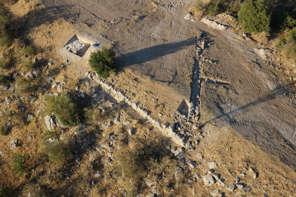 Άποψη του δυτικού τμήματος της οχύρωσης (φωτ.: ΥΠΠΟΑ).