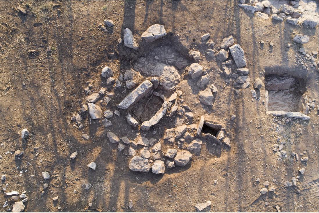 Ταφικός τύμβος των ύστερων μυκηναϊκών χρόνων (φωτ.: ΥΠΠΟΑ).
