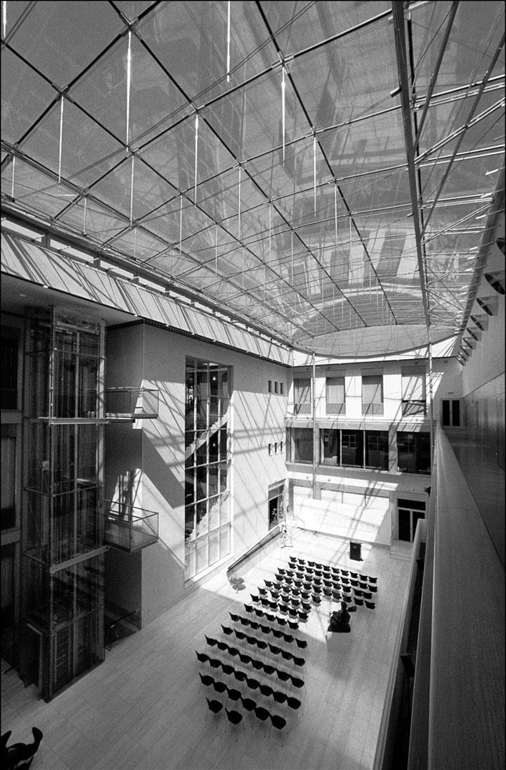 Αναμόρφωση και επέκταση του Ιστορικού Μουσείου της Πόλης της Βιέννης, 1998-2000.