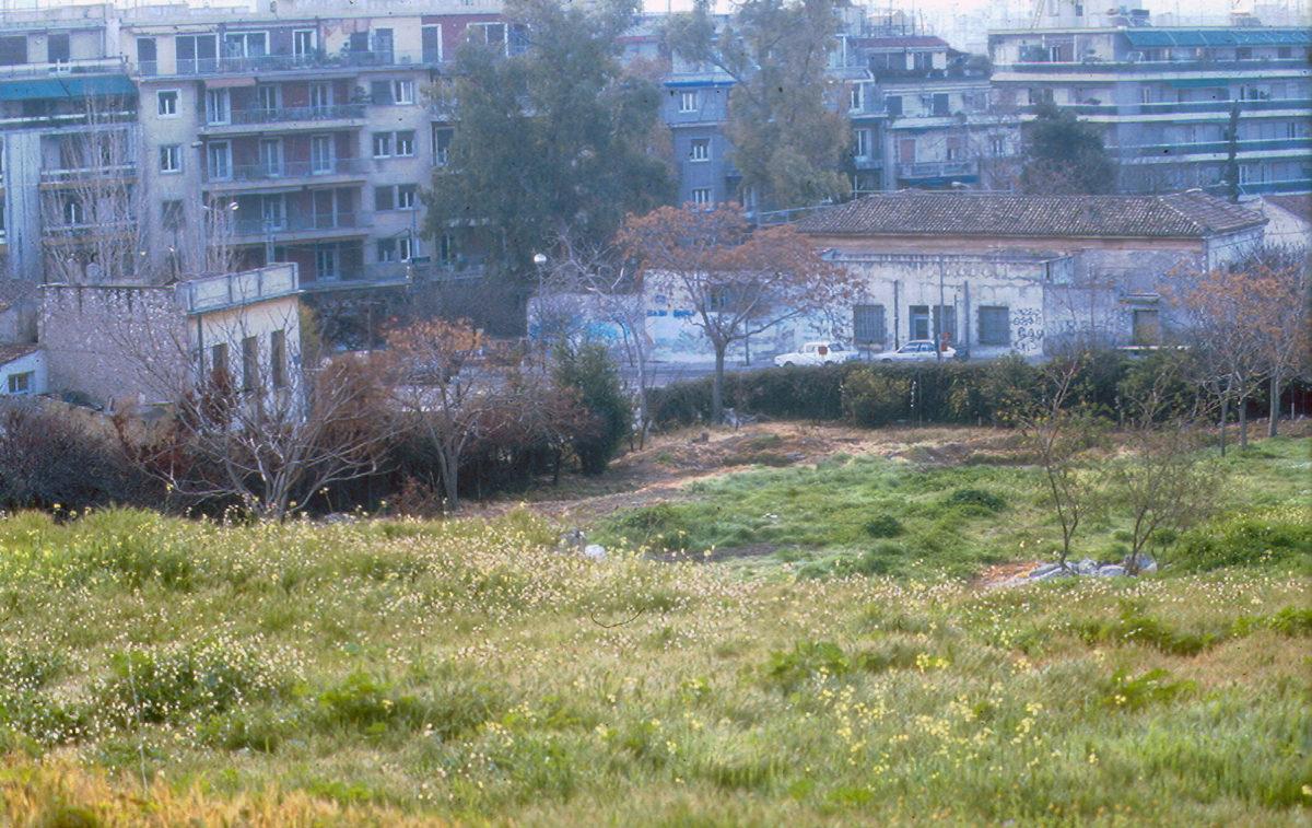 Εικ. 30. Φωτογραφία της νοτιοανατολικής γωνίας του αρχαιολογικού χώρου της Νότιας Κλιτύος.
