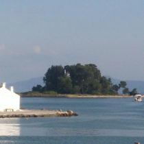 Ποντικονήσι: Το πέτρινο καράβι του Οδυσσέα