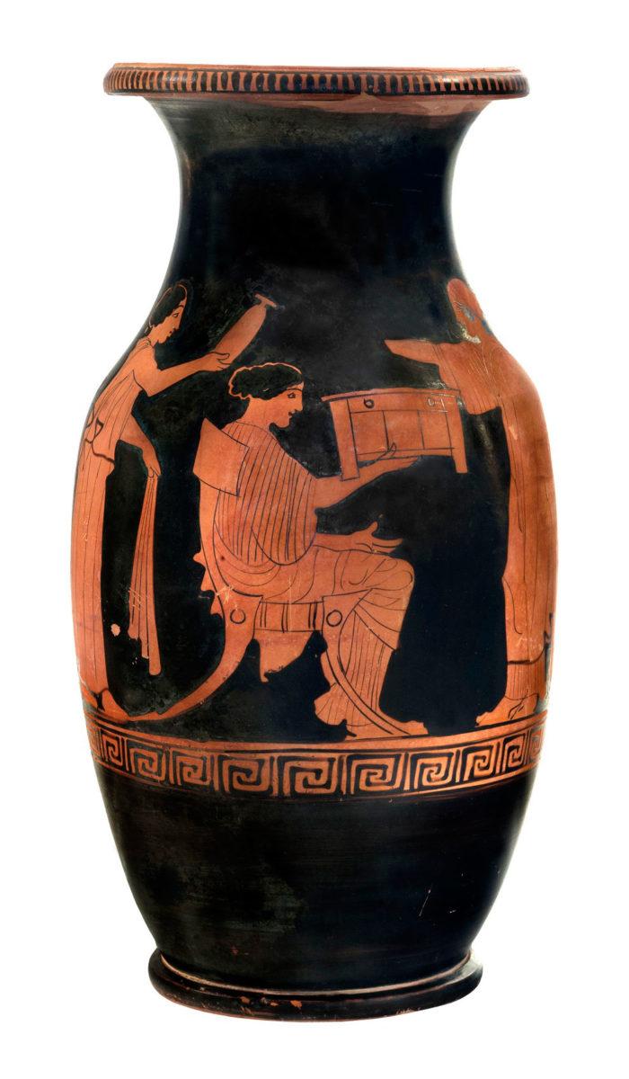 Ερυθρόμορφη όλπη από το Μόδι Λοκρίδας (περ. 440 π.Χ.). © ΕΑΜ/ΤΑΠ. Φωτ.: Σ. Μαυρομμάτης.