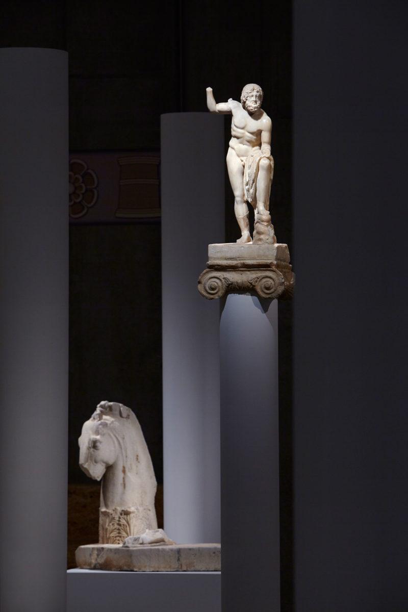 Ο Ποσειδώνας. Από την έκθεση «Ελευσίνα. Τα μεγάλα μυστήρια» που παρουσιάζεται στο Μουσείο Ακρόπολης.