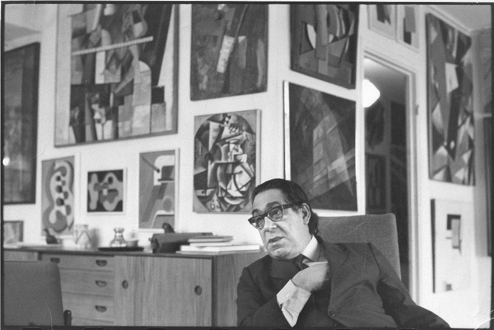 Πορτρέτο του Γιώργου Κωστάκη. Φωτ.: Henri Cartier Bresson. Μέσα δεκαετίας '70 (Πηγή: ΚΜΣΤ-Συλλογή Κωστάκη).