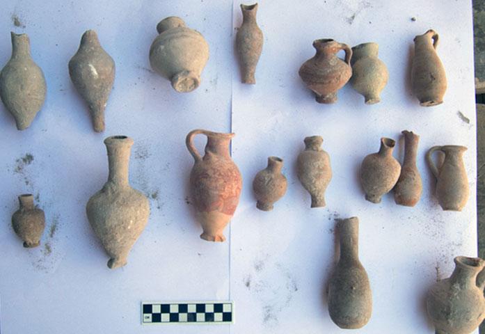 Οι αρχαιότητες εντοπίστηκαν κατά τύχη, κατά τη διάρκεια εργασιών συντήρησης στον εσωτερικό κήπο του Ελληνορωμαϊκού Μουσείου της Αλεξάνδρειας (φωτ.: Υπουργείο Αρχαιοτήτων της Αιγύπτου).