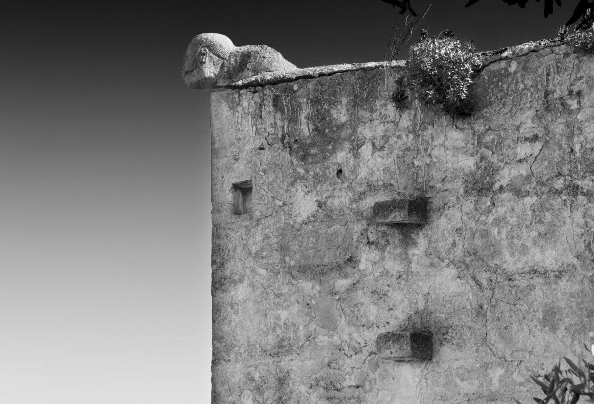 Εικ. 24. Κεφάλι Τούρκου στο δώμα του κυρίως σπιτιού. Βόρειο άκρο. © Παναγιώτης Ηλίας