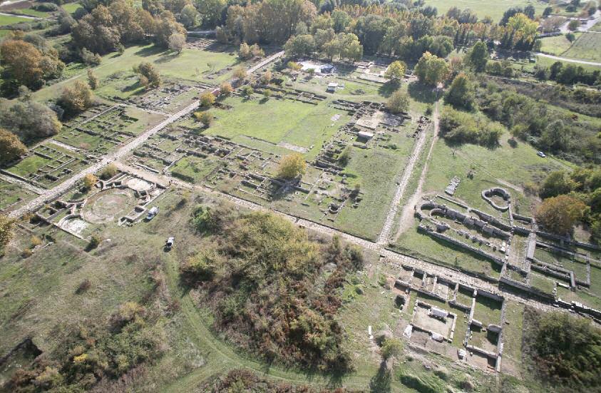 Άποψη του αρχαιολογικού χώρου του Δίου.