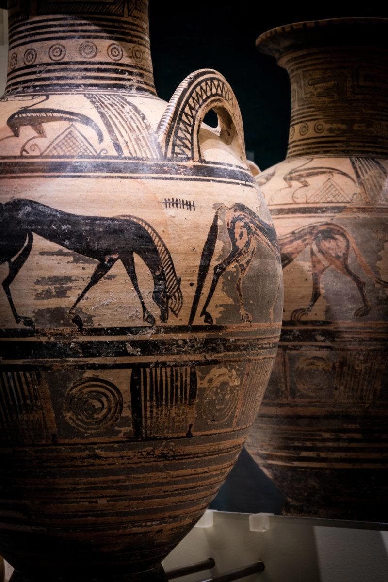 Ελεύθερνα. Πήλινος αμφορέας. 700-675 π.Χ. Φωτ.: Γιώργος Αναστασάκης © Μουσείο Κυκλαδικής Τέχνης.