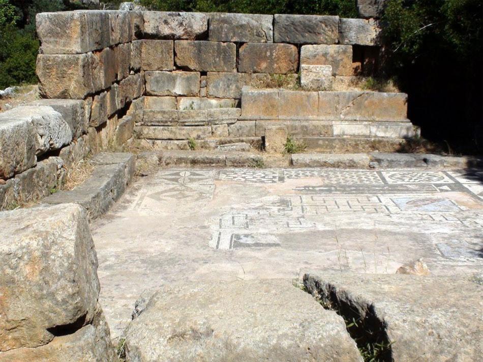 Άποψη του ναού του Ασκληπιού στην αρχαία Λισό.
