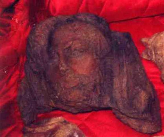 Το ετρουσκικό ακροκέραμο σε πολαρόιντ από το αρχείο του Μέντιτσι. Πηγή φωτογραφίας: Χρήστος Τσιρογιάννης.